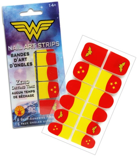 ef9d_wonder_woman_nail_art