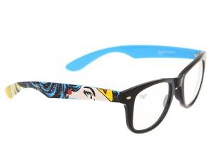 HotTopicWonderWomanGlasses