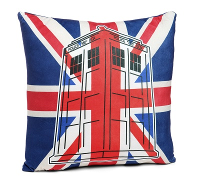 214e_tardis_union_jack_pillow